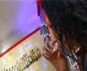 cuatro chicas en un bar se follan sin parar from parar boudi photo